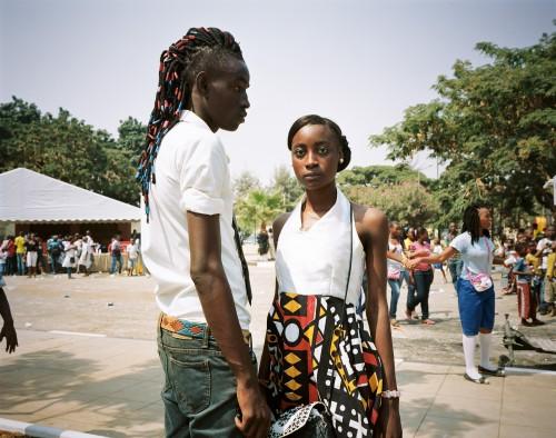 Fête forraine dans le quartier de Miramar à l'occasion de la fête de la jeunesse. Ce quartier mélange des familles de classes moyennes angolaises, des expatriés et des ambassades étrangères.