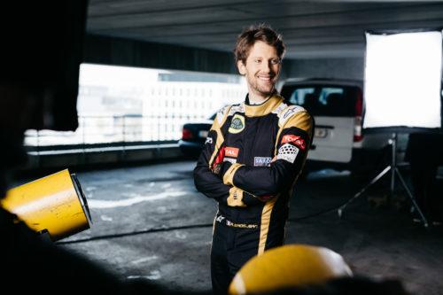 Romain Grosjean photographié pour Total F1